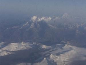 Redoubt Volcano erupting